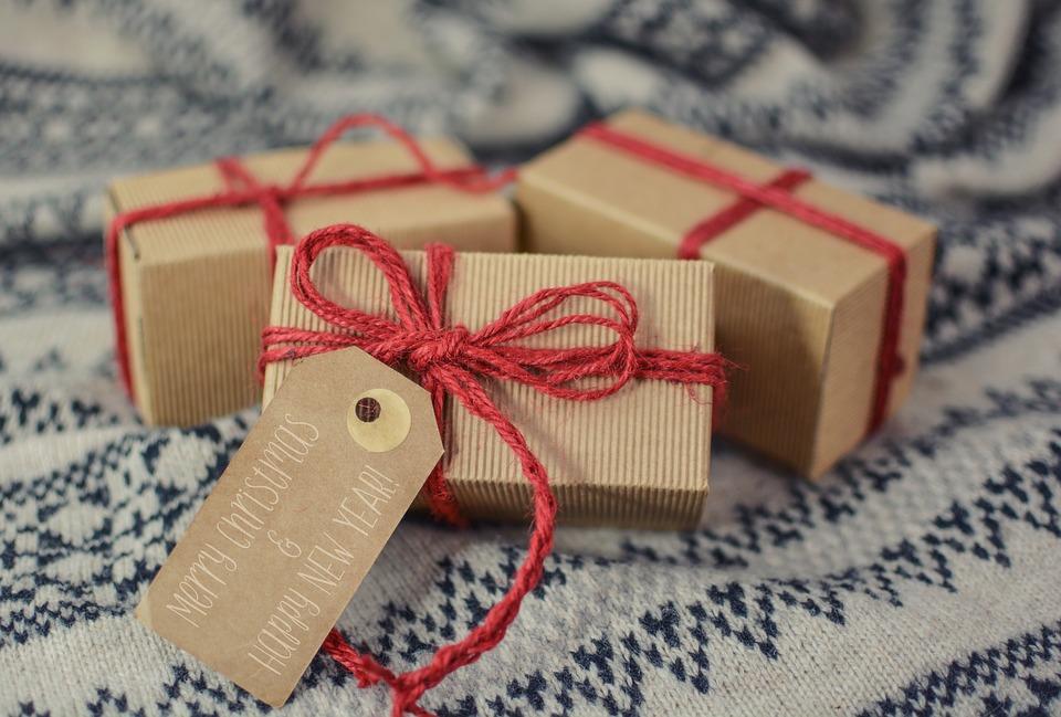 Sådan får du råd til julegaverne på SU
